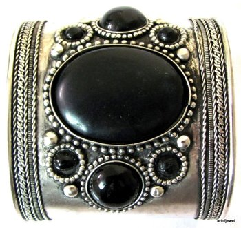 ETHNIC FASHION SILVER TONE METAL CUFF BRACELET BANGLE
