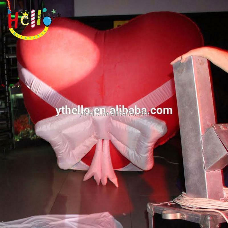 Custom made valentine decoration item inflatable red heart