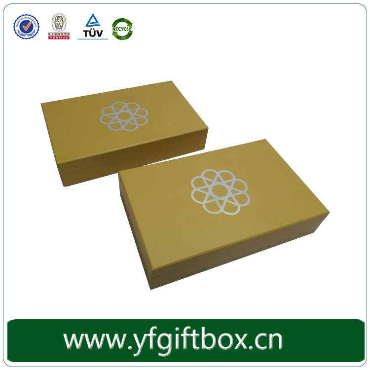 Matt finished yellow color silver logo hot stamping chocolate cardboard paper box
