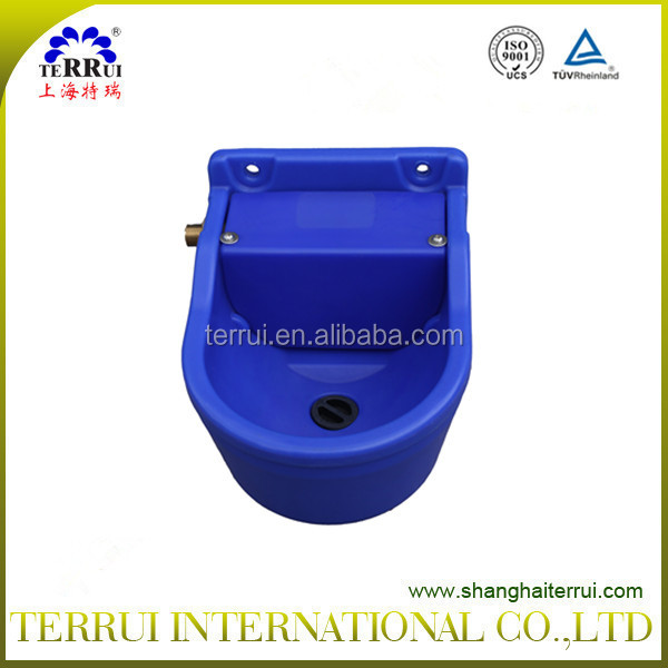 plactic blue Cattle Drinking Bowl Of Cow Farm Equipment
