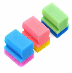 I style scouring pad cleaning and washing green sponge with polyurethane