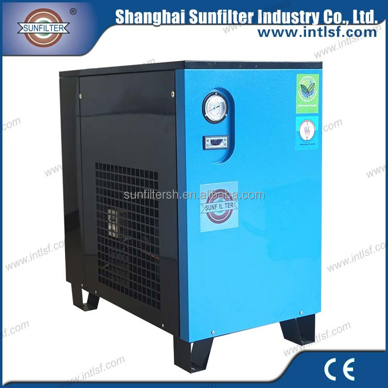 Air compressor without tank with refrigerated compressed air dryer