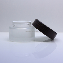 luxury 50g cream jar with wooden cream jar with glass spice jar with clamp lid