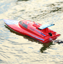WL Toys new 2.4G 2 channel radio control rc speed boat for sale