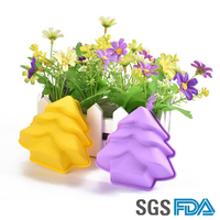 NEW Product Christmas tree shaped silicone molds/silicone colorful cupcake mold