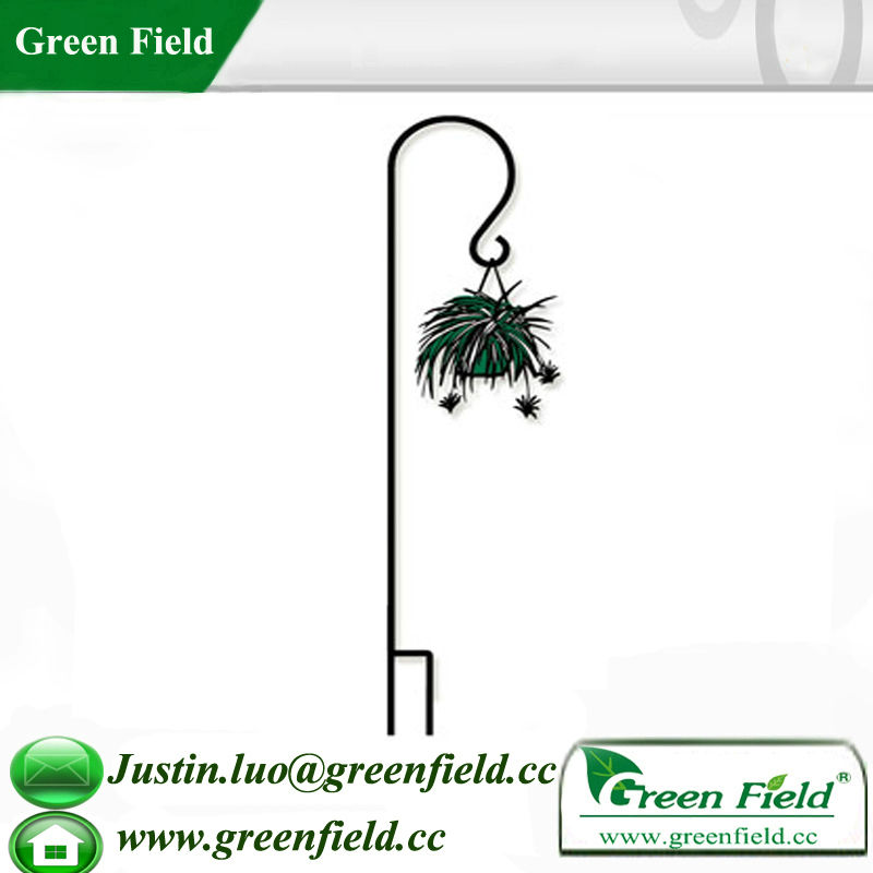 Green Field Garden Black Metal Shepherd's Hook