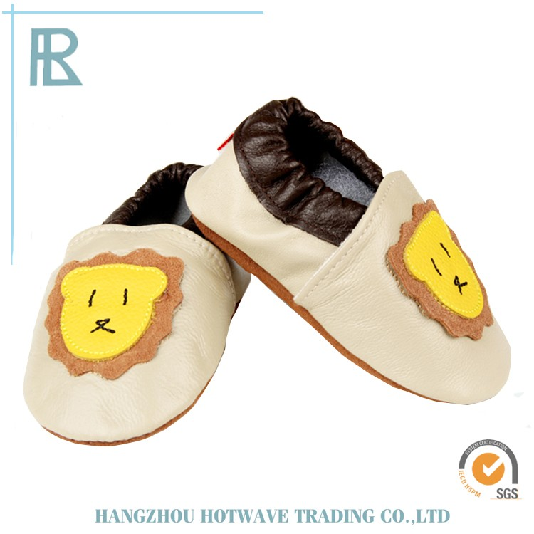 Hot Selling Fashionable wholesale baby crib shoes