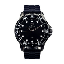 Top charm silicone strap watches men wrist luxury brand automatic quartz watches with customer dersign