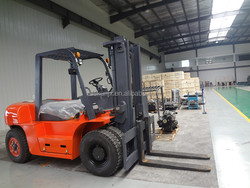 81KW Hydraulic Hyundai Diesel Forklift 5 Ton CPCD50 With Rotating Clamp Price