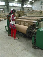 weaving looms for jute fabric manufacturing with tucking device