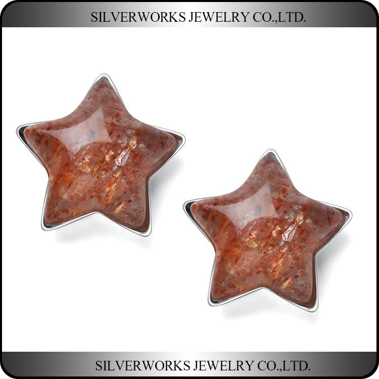 Fashional 925 Sterling Silver Red Pentagram Natural Sunstone Stud Earrings
