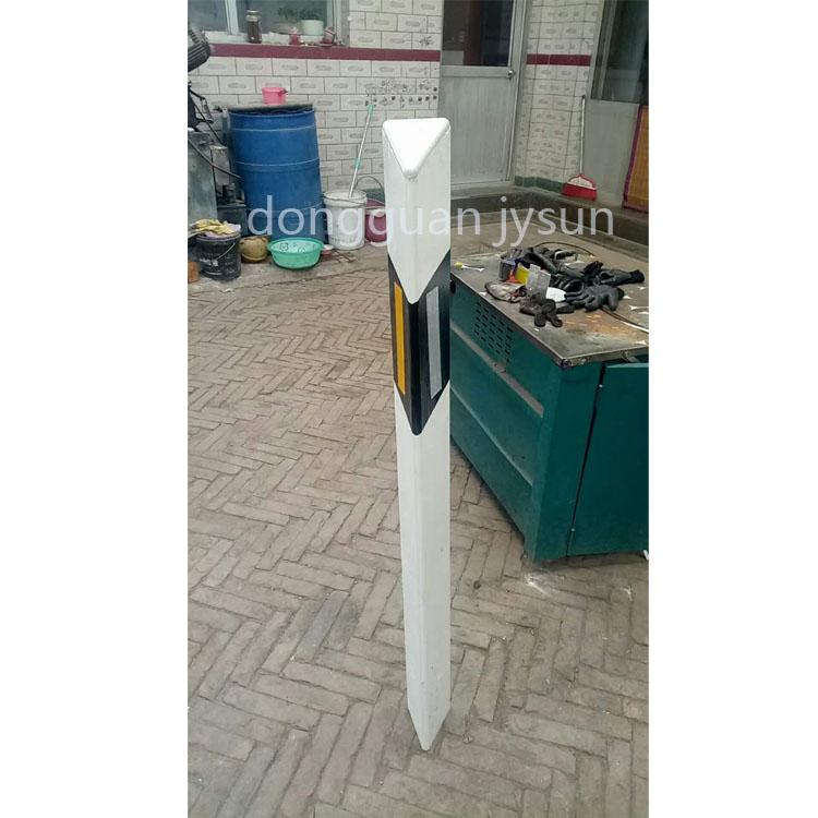 Road safety sign Trapezoid Guardrail Delineator