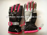 2012 fashion design & hot sale winter sports warm ski gloves