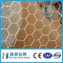high quality PVC/ galvanized hexagonal wire mesh for chicken/animal/safety fence