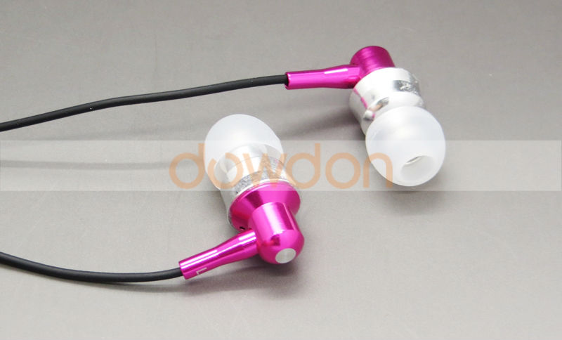 3.5mm Metal Earphone With Remote Mic Volume Control Headset for iPhone Mobile Phomne Headphone