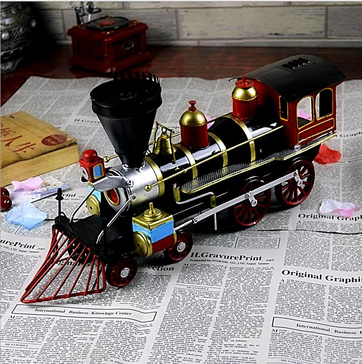 Wholesale stocked creative business gift retro style metal locomotive model