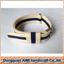 AIMI Cream/Navy Skunk Bond NATO G10 MOD military 20mm strap band fits ZULU time watch