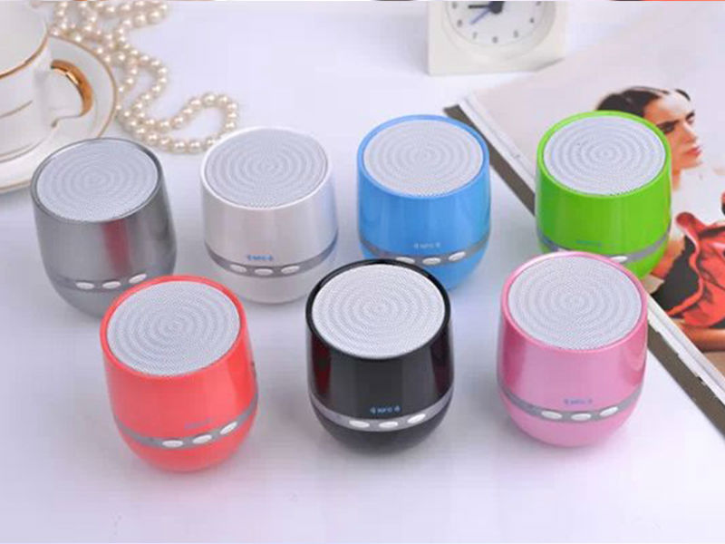 Adorable Ball Shape Nizhi mini bluetooth speaker,portable speaker mix color
