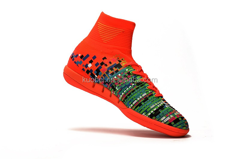 New Style Hot Selling Pixel Football Soccer Shoes