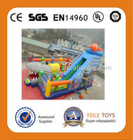 2014 hot sell giant inflatable playgrounds