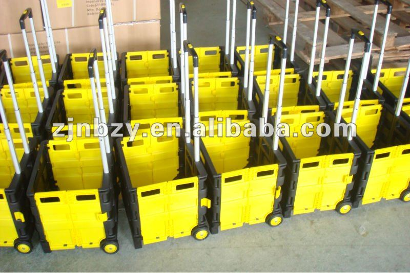 2019 china factory supplier Plastic picnic basket for folding with chair