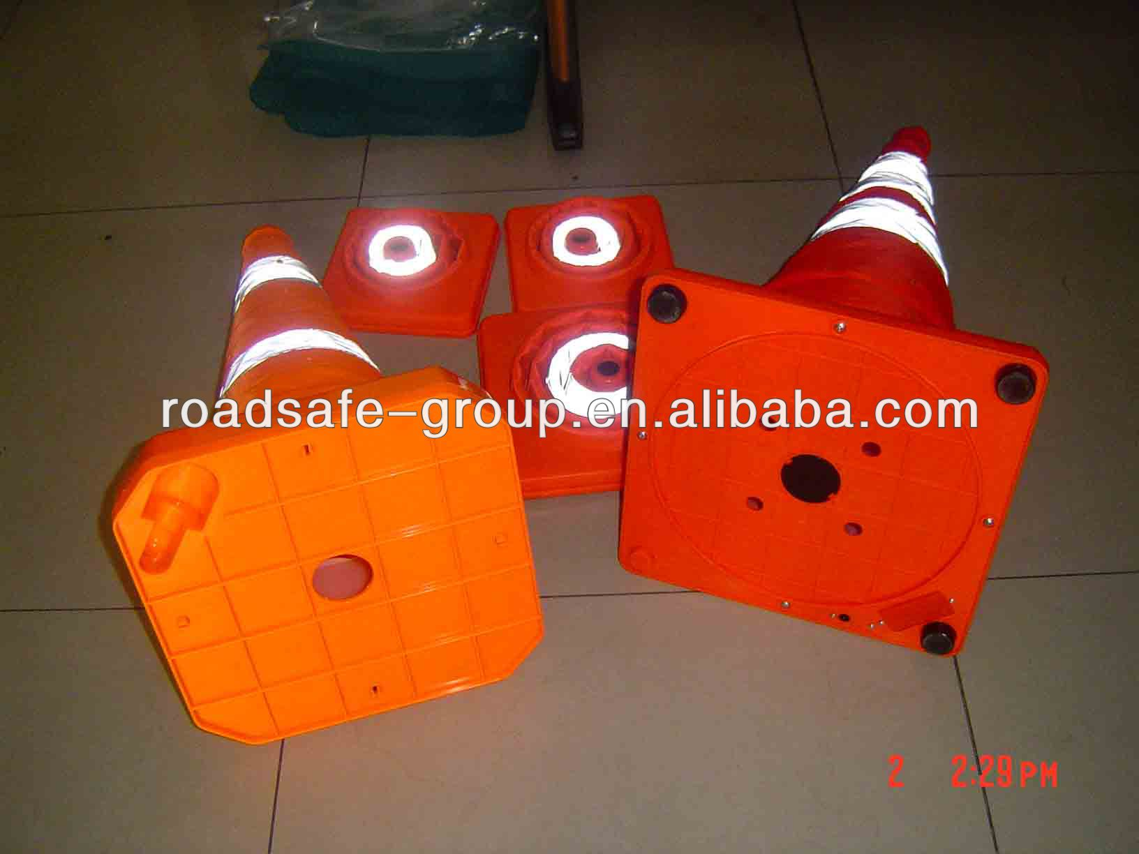 Popular Reflective flexible colored folding traffic cone