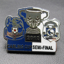 Factory wholesale metal hard enamel football badge/football match cup pin badge