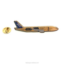 China manufacture OEM high quality airplane lapel pin