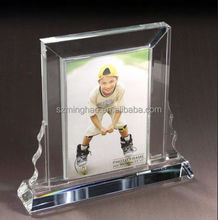 Fashion design clear acrylic photo frame lucite picture frame stand