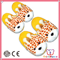 ICTI SEDEX factory fashional style soft short plush slipper