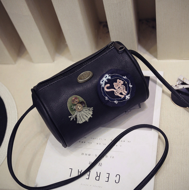 Ladies' Handbag At Low Price Bag Korea Style Badge Bucket Bags For Girls Leather Sling Bag