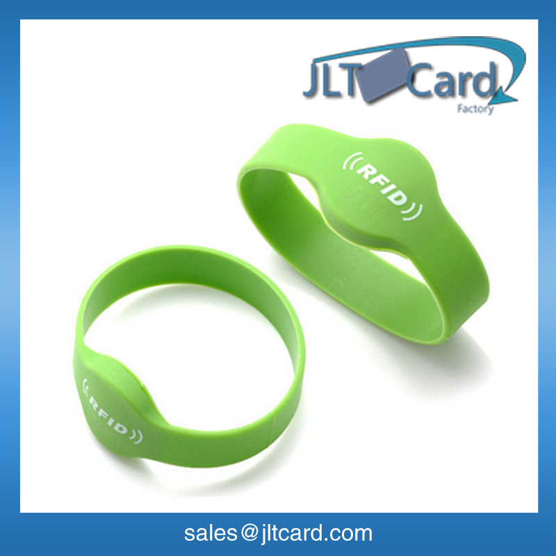 OEM colorful silicon rfid vip wristband/bracelet