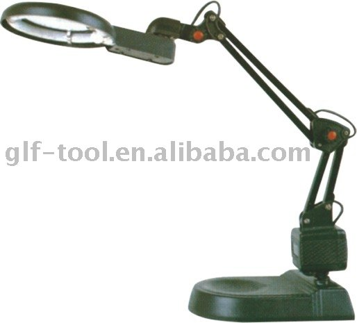 A138 Magnifying desk/table lamp