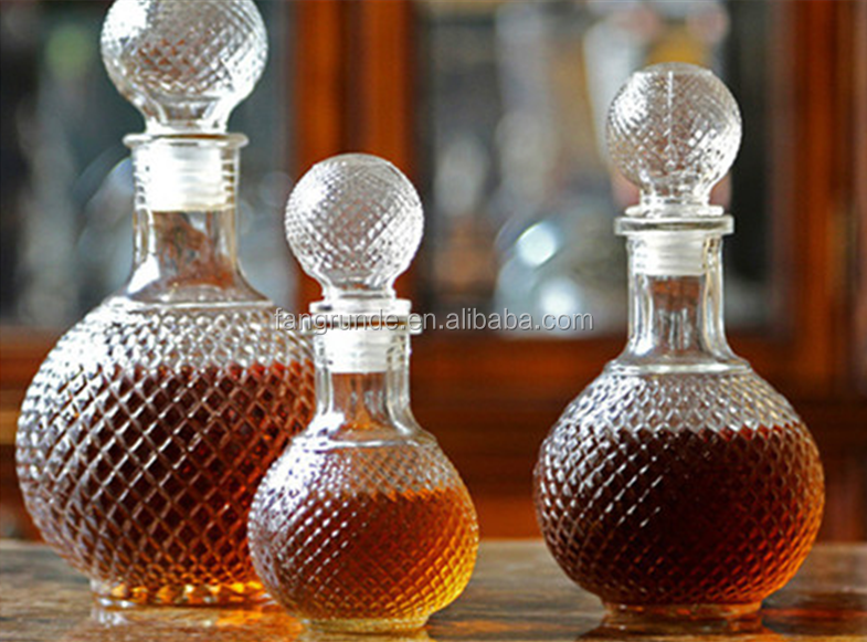 set of 3 different sizes crystal ball shape Glass Wine Bottle with ball shape lid