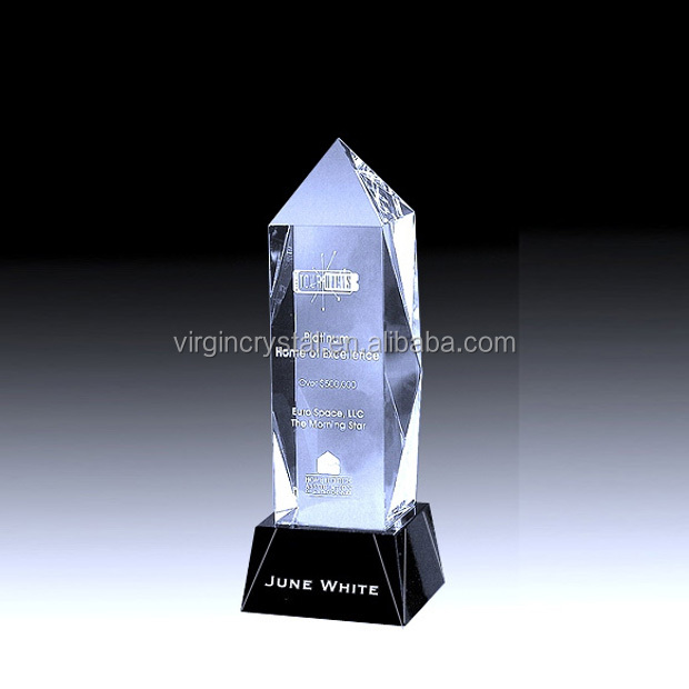 Wholesale tower shaped crystal trophy with black base with engraved logo for business souvenir