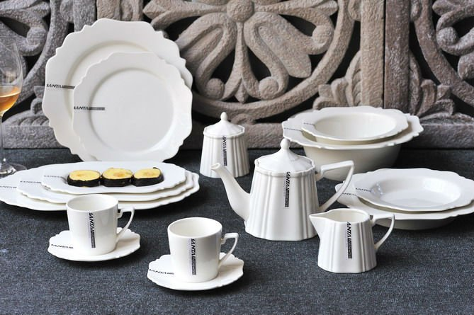 Hot fine porcelain ceramic royal dinner sets