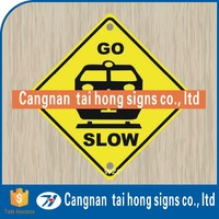 Accident warning triangle shown signs