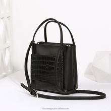 Fashion casual messenger bag pu leather wholesale ladies hand bag