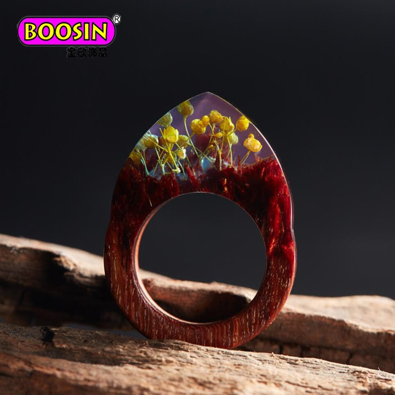 Hot Resin Wood Ring Various Landscape Encapsulated Wood and Resin Rings for Women or Men