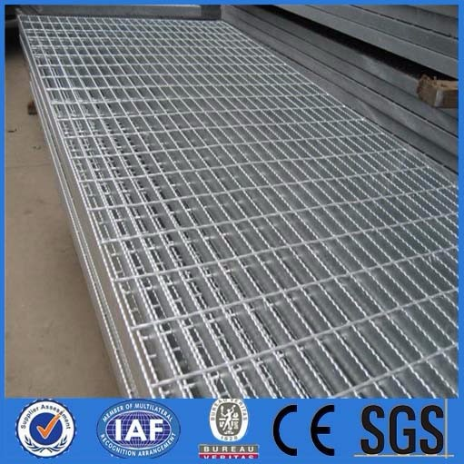 Steel Grating Platform, 12.5/15/20 and 30mm Bearing Bar Pitches/Made of Q235 in Line with GB/T70