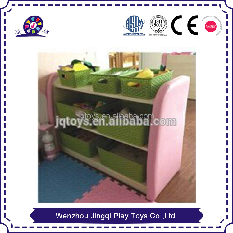 2017 kids kindergarten rotating wooden bookshelf with wheels