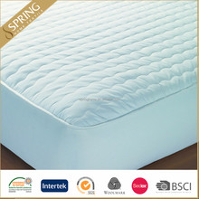 Hospitality waterproof mattress protector