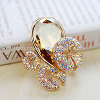 B350429 New Big Champagne Mushroom Crystal Brooch Zinc Alloy 18K Champagne Gold With Import crystal imitation Jewelry Wholesale