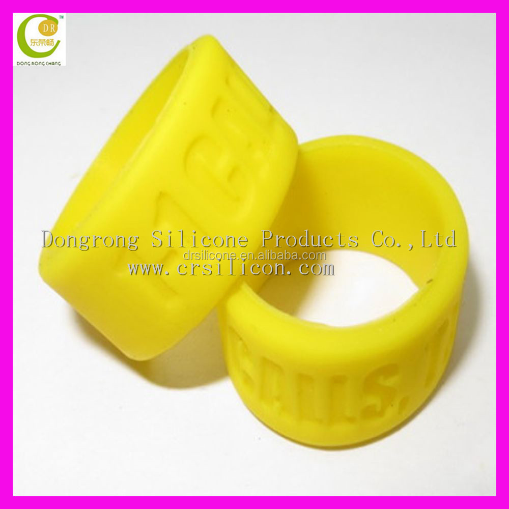 Ineresting cheap price lovely silicone rubber index finger rings