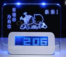 Message board magnetic alarm clock with phone charger