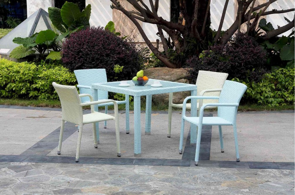 Colorful PE rattan dining stacking chair and table