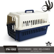 Newest high quality protable dog aviation aircraft cage with handle Plastic Pet Carrier