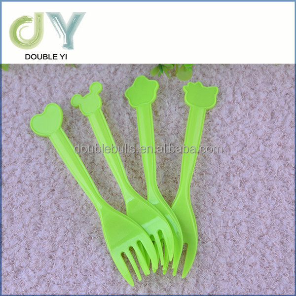 Cheap plastic children cutlery , disposable cartoon knife fork spoon