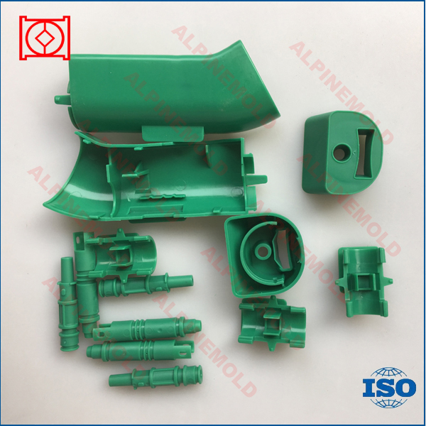 Low cost plastic injection molding parts factory
