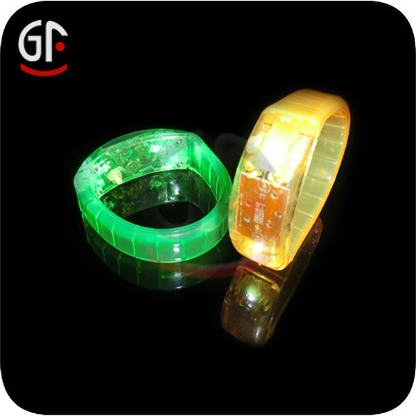 Promotion Items Kids Gift Glow In The Dark Rubber Band Bracelets